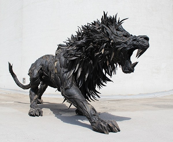 8 Amazing Sculptures Made from Old Tyres