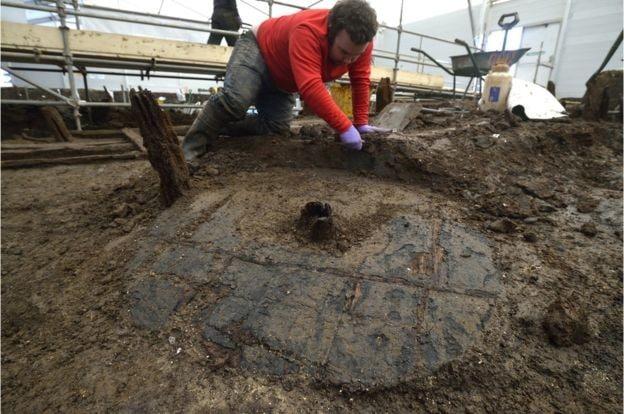 Bronze Age Wheel Found in Cambridgeshire